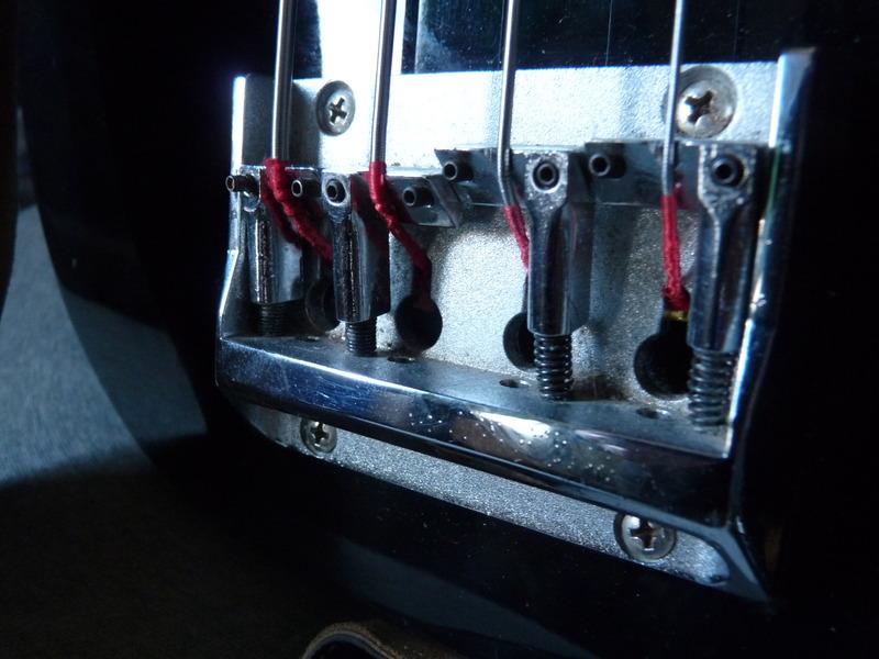 saddle - Thunder 1A V3 bridge saddle P1060121_zpsgm7jufyn