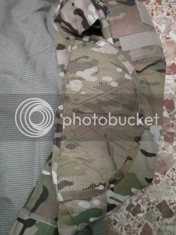 Massif Combat Shirt Review IMG_20130904_131515_zps0b7cbd4f