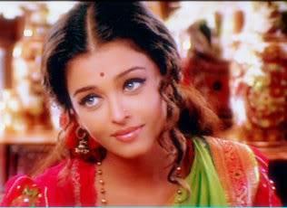 Aishwarya Rai Bachchan 22332_272436743801_672448801_336392