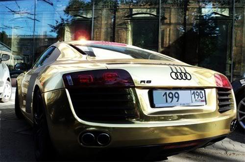 siêu xe mạ vàng  T368202