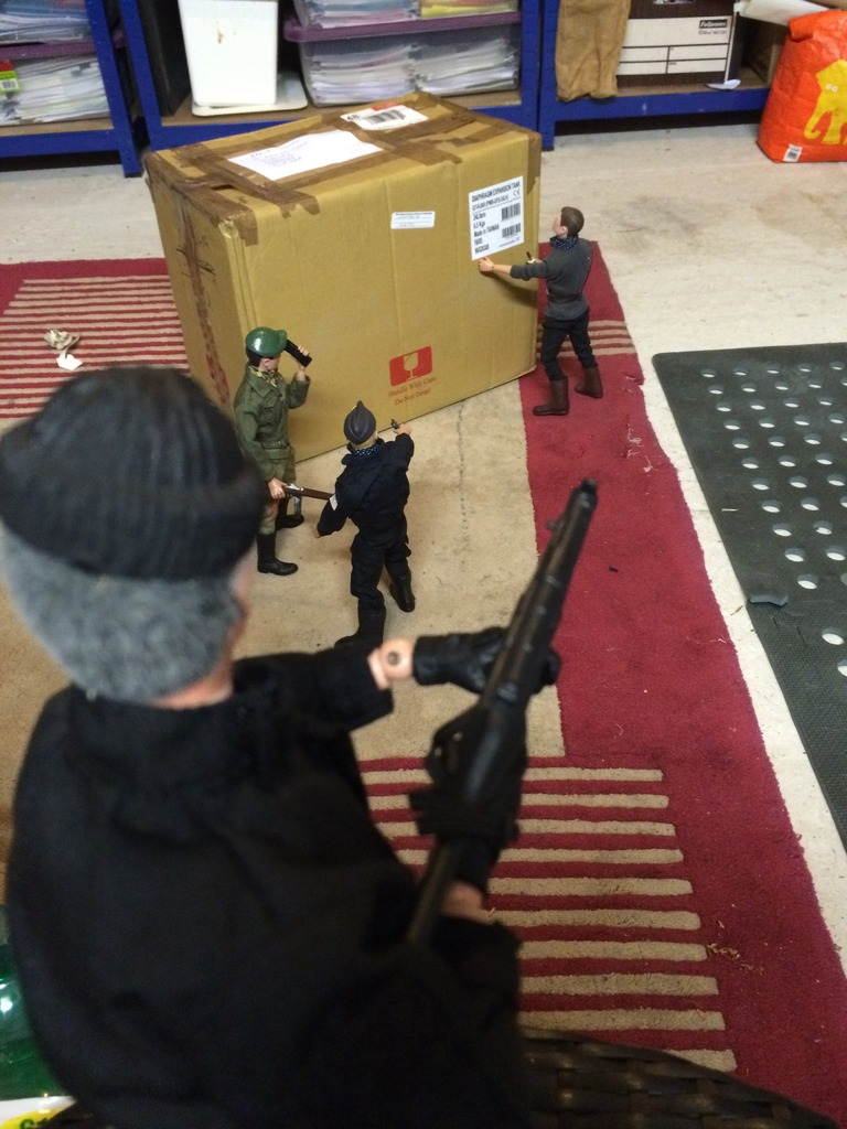 Package evades Gunners supreme commander  52CDE7B9-D530-4AB8-8468-B83E37C7C5C8_zpskwo3vlzz