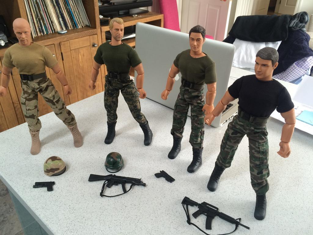 Gunners CO 11 start to take shape. 9120F7BC-765F-42A1-BE8A-BB0122233DC8_zpskyeefwdz