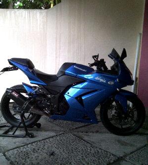 Jual Ninja 250 cc tahun 2010 Full modifikasi Ninja250