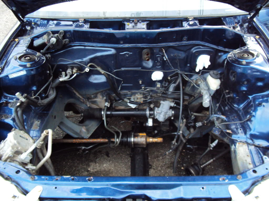 Ivan's AE101 Build Thread 4AGE 20V BT 6Spd LSD Shaved Tucked From Puerto Rico - Page 5 DSC03357