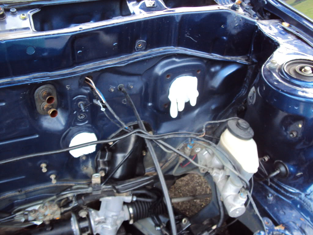 Ivan's AE101 Build Thread 4AGE 20V BT 6Spd LSD Shaved Tucked From Puerto Rico - Page 5 DSC03359