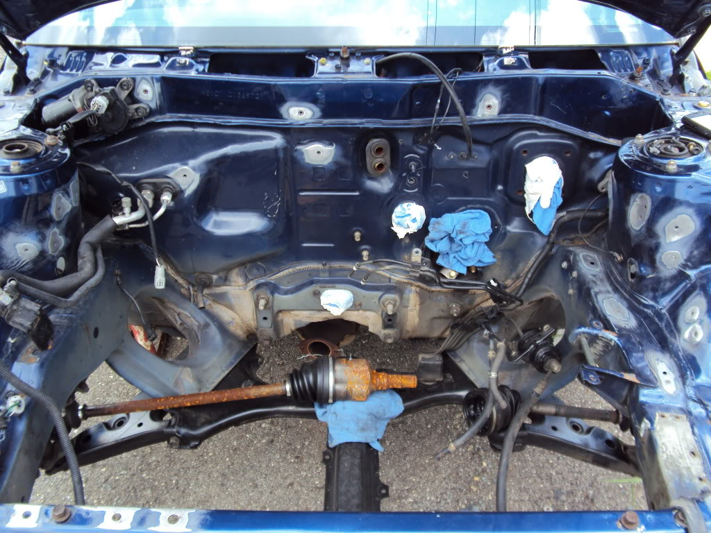 Ivan's AE101 Build Thread 4AGE 20V BT 6Spd LSD Shaved Tucked From Puerto Rico - Page 5 DSC03892