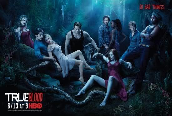Merlotte's Bar  - Pagina 2 True-Blood-Season-3-Poster-550x373