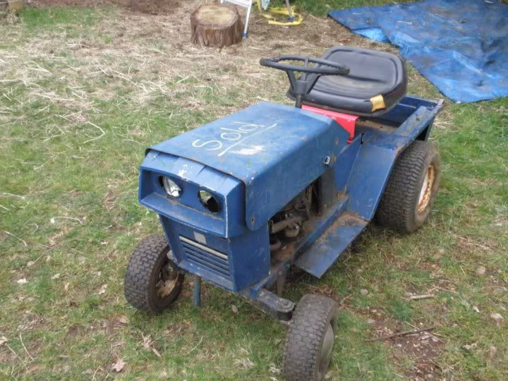 Pick up lawn tractor 26147_104035962962220_1000006744937