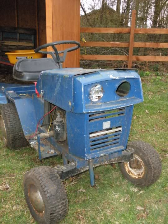 Pick up lawn tractor 26147_104036756295474_1000006744937