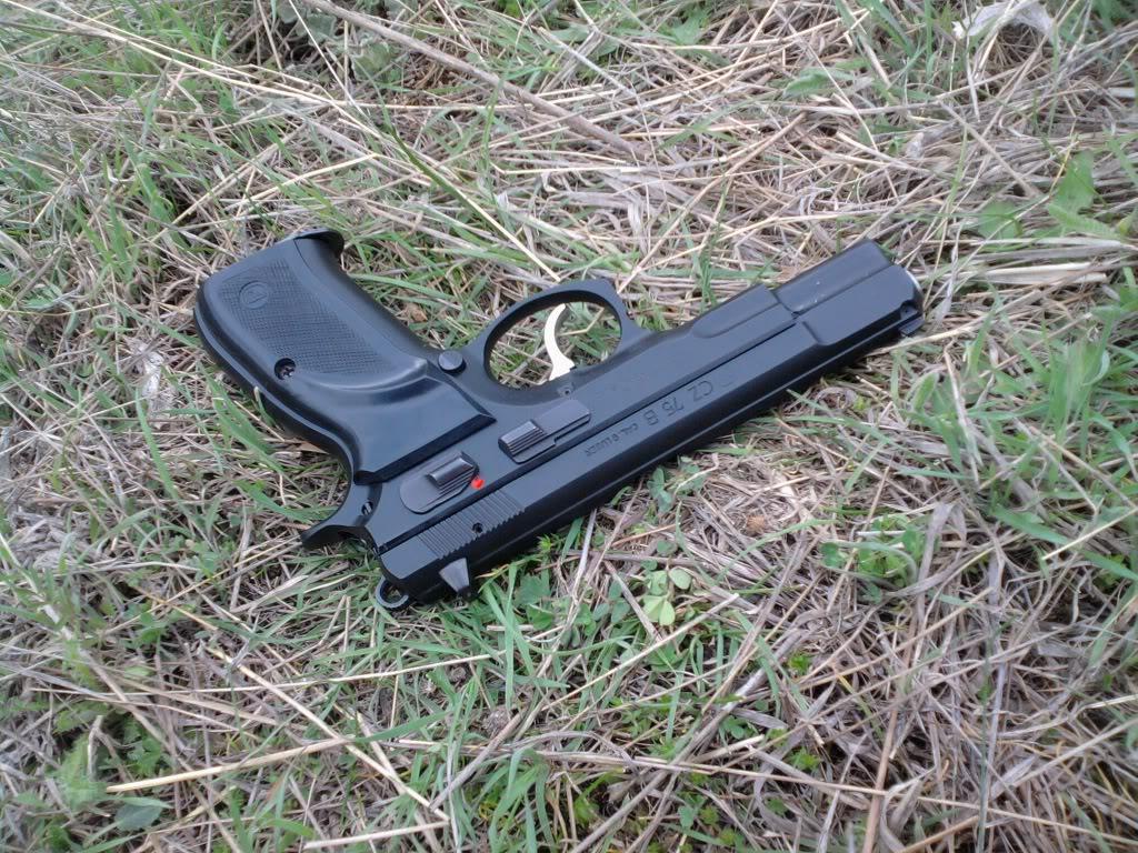 Пиштоли и револвери - Page 3 31-2
