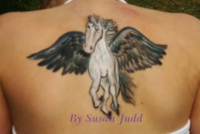This weeks theme is? Equine (Horses,Unicorn,Pegasus) - Page 2 Pegeseus640x429