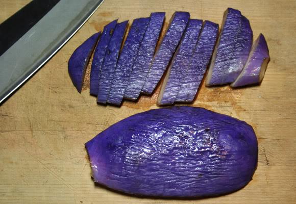 [Ẩm thực] Akebi Miso Itame - Vỏ akebi xào với miso Japanese-fruit-akebi-miso-itame-2