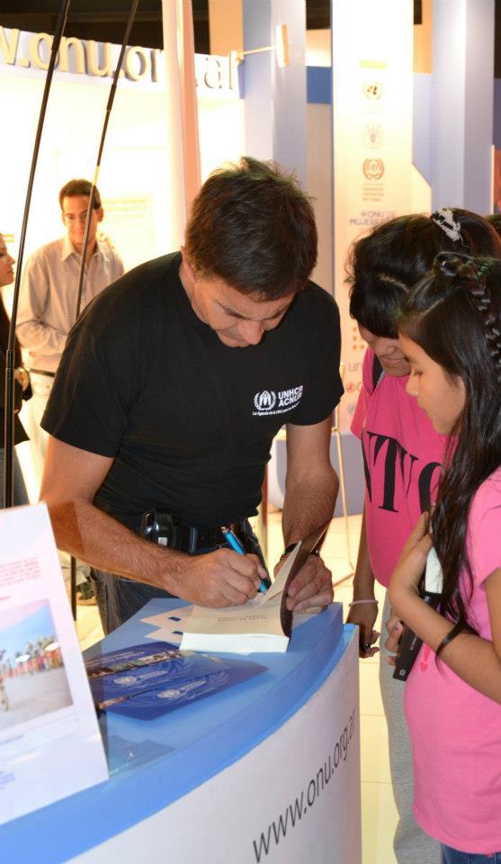 Освальдо Лапорт / Osvaldo Laport - Página 11 971971_602876553055892_1427786277_n