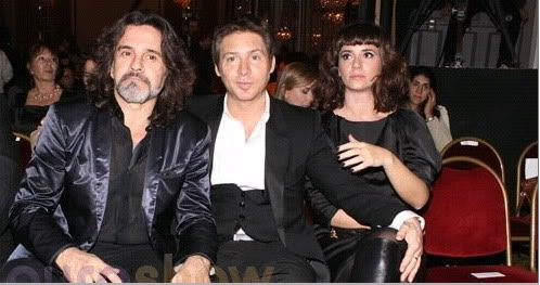 Osvaldo en los premios fund TV Osvaldoyas
