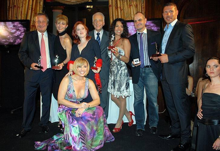 Андреа получила премию Стиль 2009 1117_con_estilo_gjpg_1121220956