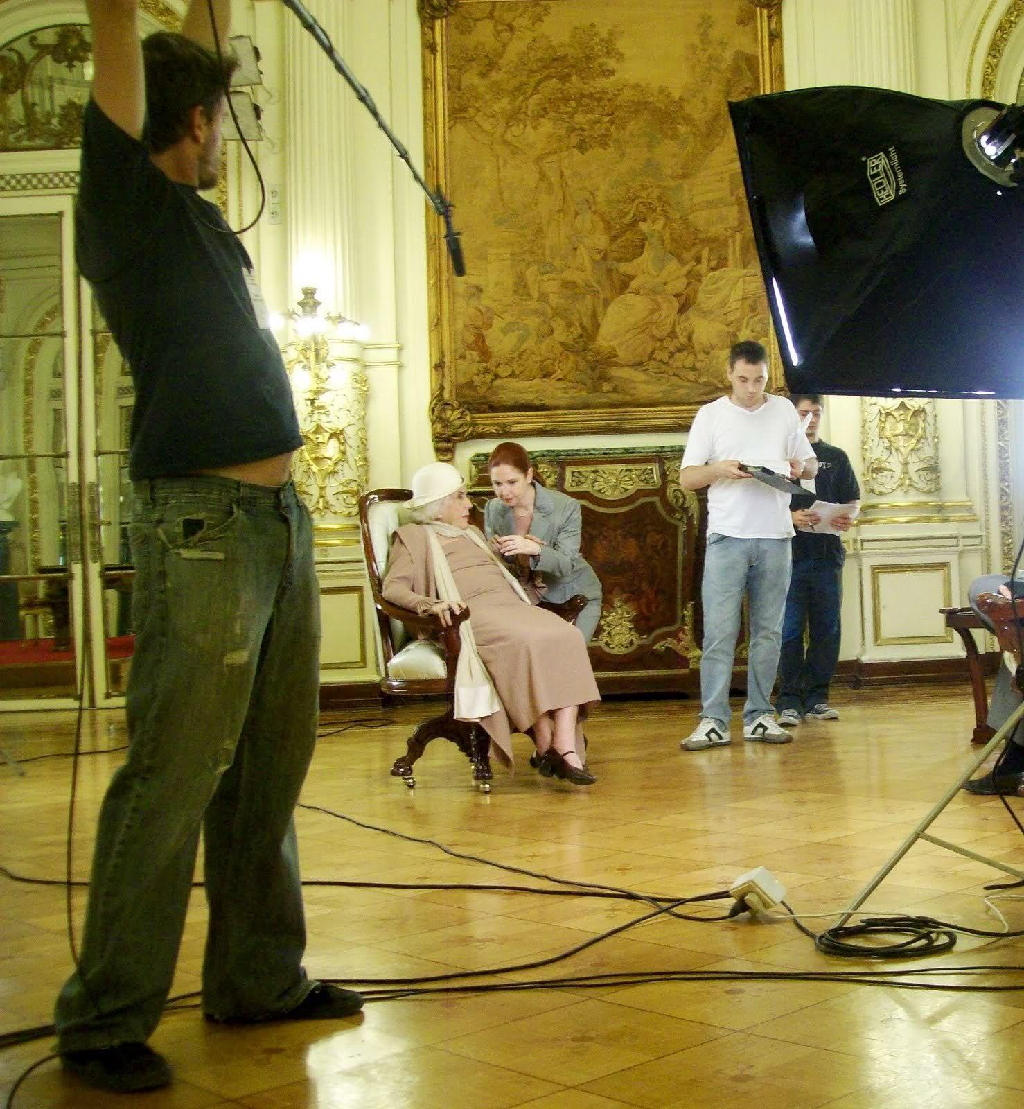 Андреа в короткометражке в честь двухсотлетия Аргентины 4