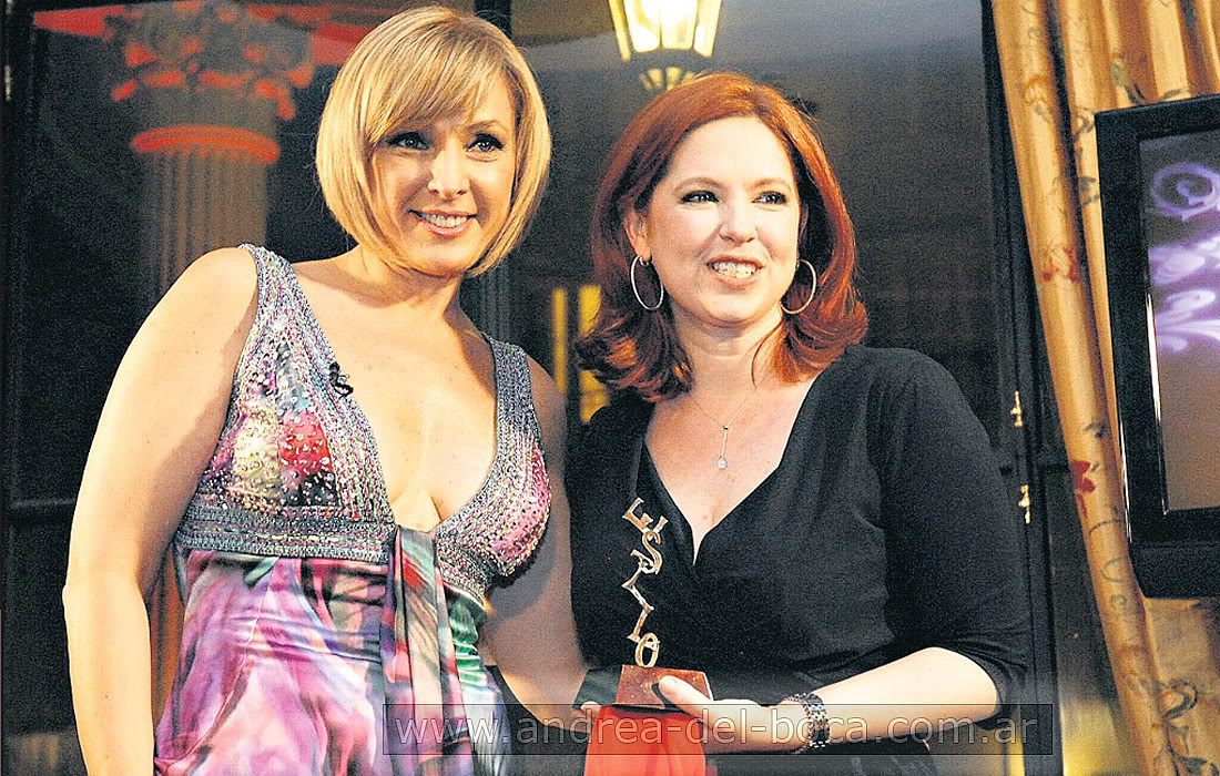 Андреа получила премию Стиль 2009 - Página 2 Andrea_premios_estilo_2009_012