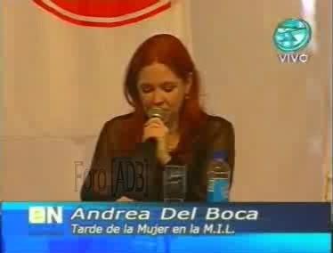 Фотографии / Fotos (часть 2) - Página 4 Andrea_tarde_d_la_mujer_01_11