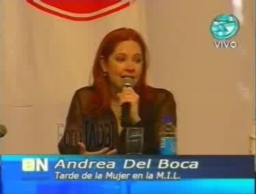 Фотографии / Fotos (часть 2) - Página 4 Andrea_tarde_d_la_mujer_01_12