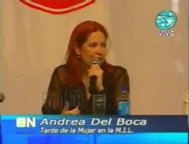 Фотографии / Fotos (часть 2) - Página 4 Andrea_tarde_d_la_mujer_01_13