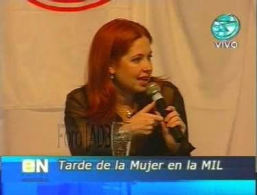 Фотографии / Fotos (часть 2) - Página 4 Andrea_tarde_d_la_mujer_01_29