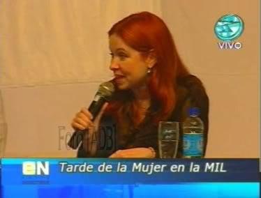 Фотографии / Fotos (часть 2) - Página 4 Andrea_tarde_d_la_mujer_01_48