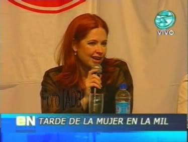 Фотографии / Fotos (часть 2) - Página 4 Andrea_tarde_d_la_mujer_01_68