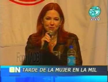 Фотографии / Fotos (часть 2) - Página 4 Andrea_tarde_d_la_mujer_01_71