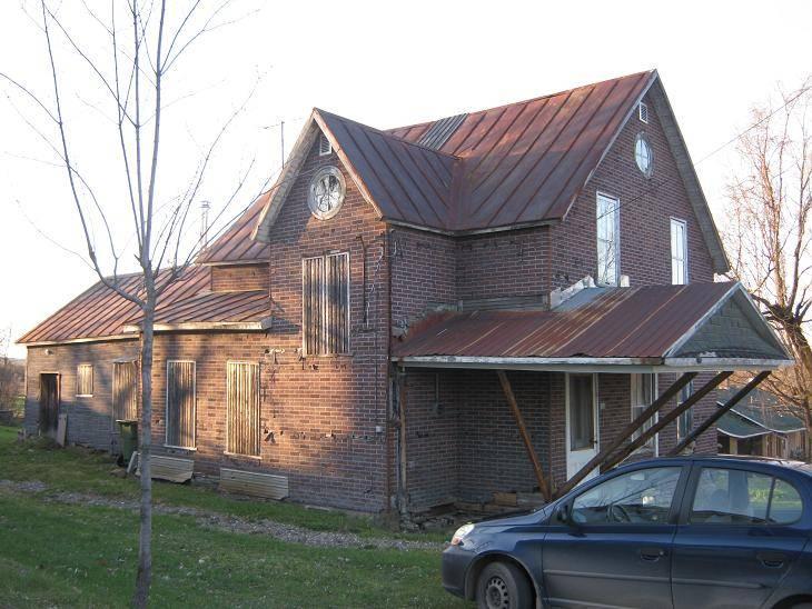Le 'Post' des Maisons Abandonnées !! In-1