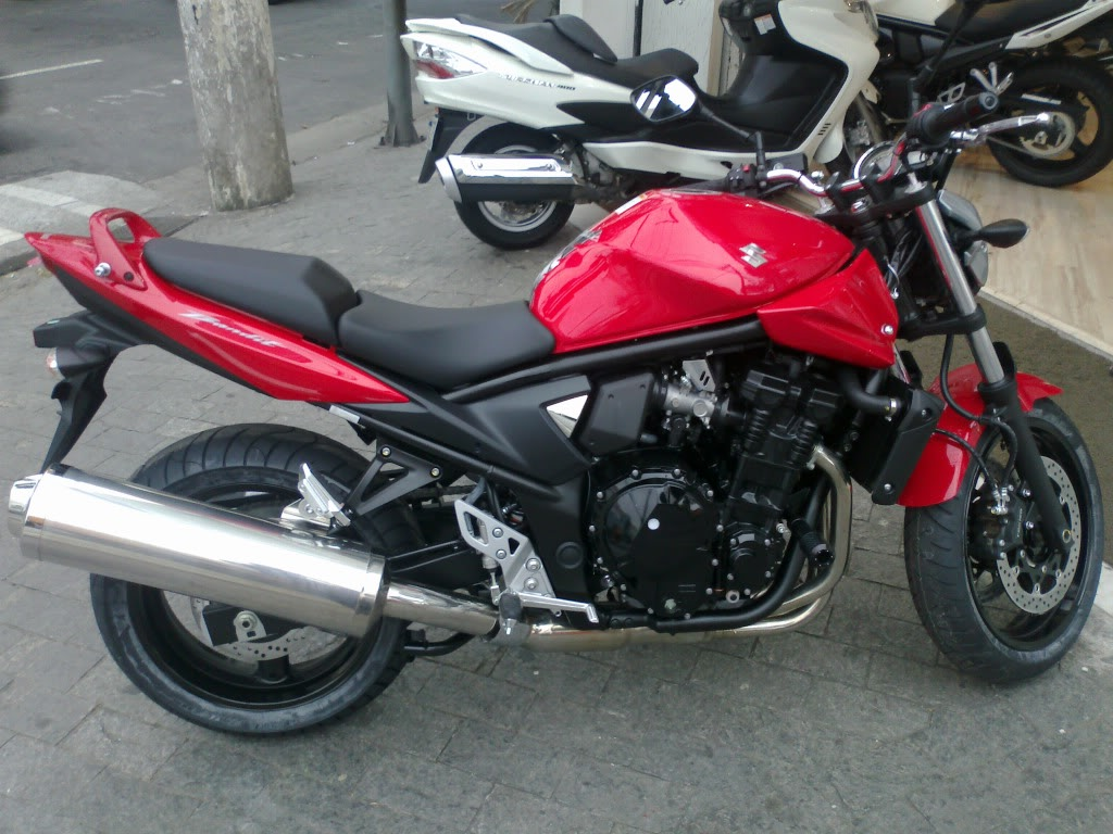 monstrinho vermelha - Bandit 650N - saiu do forno 30082011120