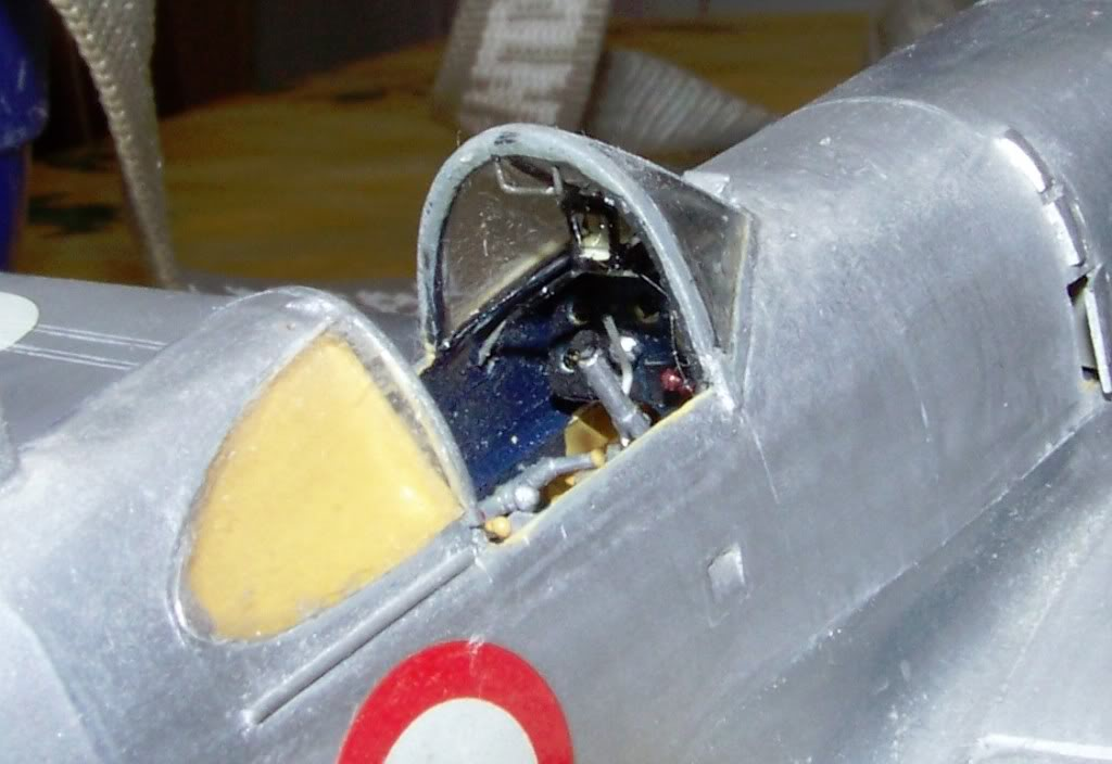 Dewoitine D. 520, Gull Wings 1/48, 1983 Cockpit2_