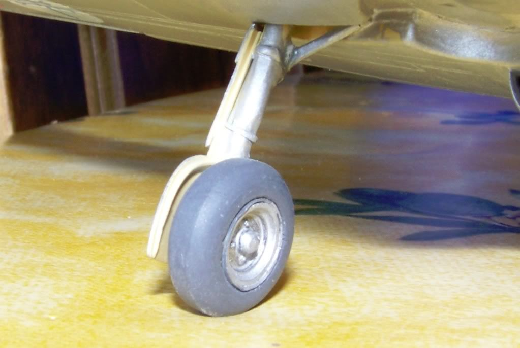 Dewoitine D. 520, Gull Wings 1/48, 1983 Roue_