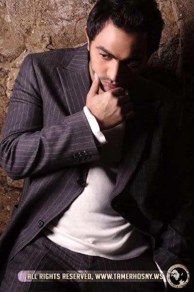 موضوع: صور حلوه لتامر حسني 4-3