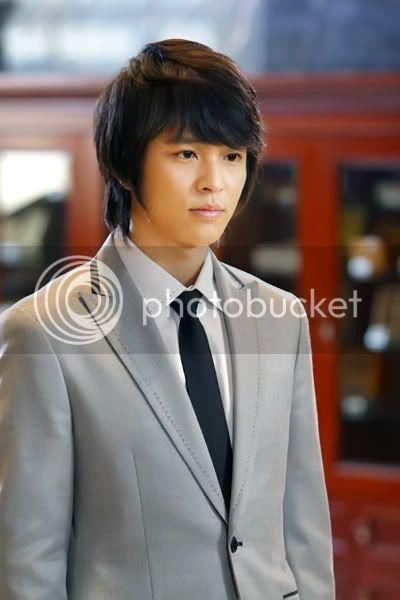Witch Yoo Hee -->Kim John Hoon BEB5BEB5_copy-seina_kwon