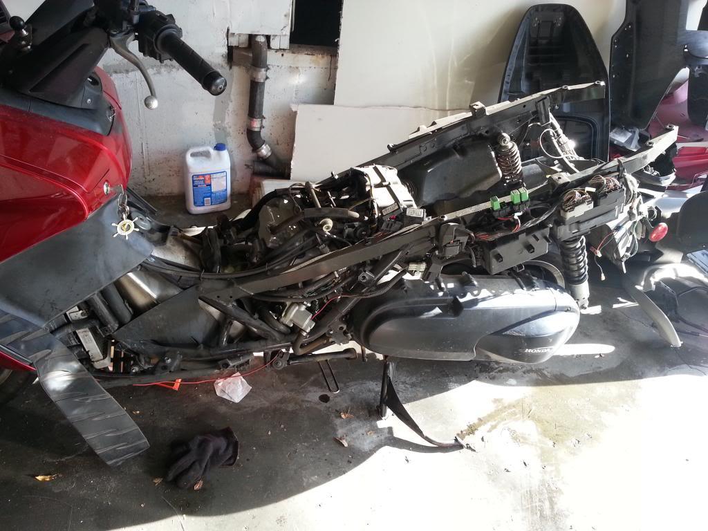 broken crank sensor clip 20131007_162743-1