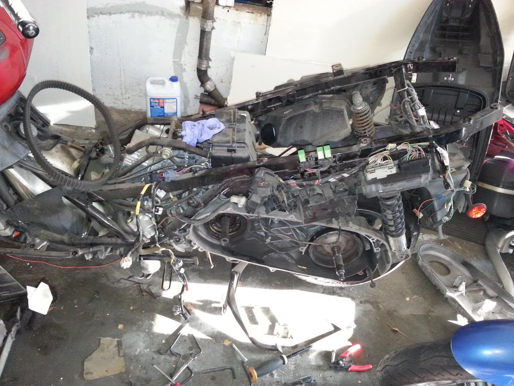 broken crank sensor clip 20131008_171745