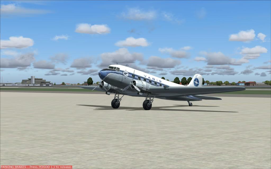 [FS9] Voando com o DC3  Dc3pateo1