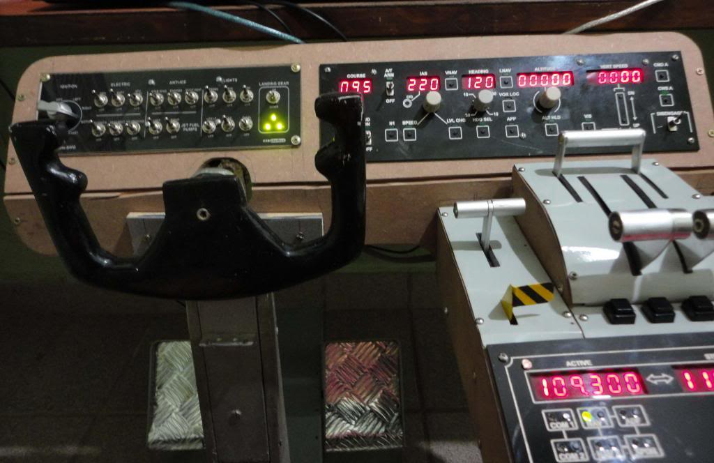 COCKPIT - Cockpit caseiro - Página 8 Dobrasuporte_zps7445699b