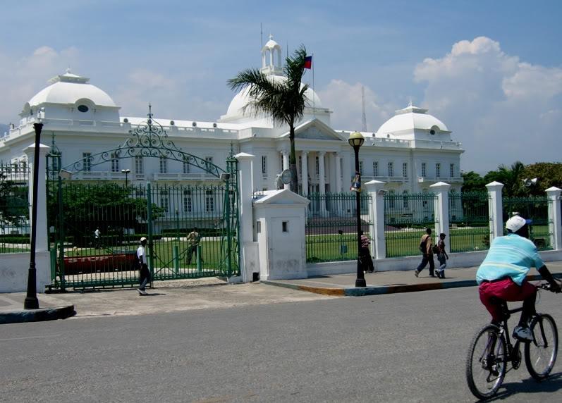 De Maceió-AL (SBMO)BR para Fort Lauderdale (KFLL)-EUA - Parte 2 Palacionacionalhaiti