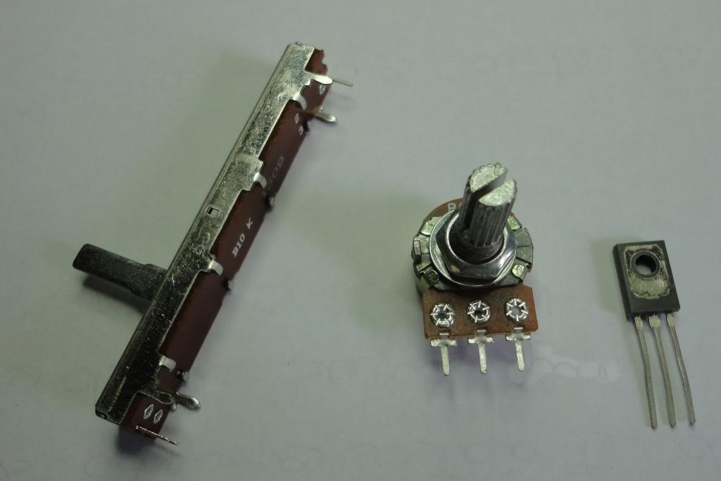 Porta de acesso ao hardware do PC Potenciometros_zps9c3c8cb5