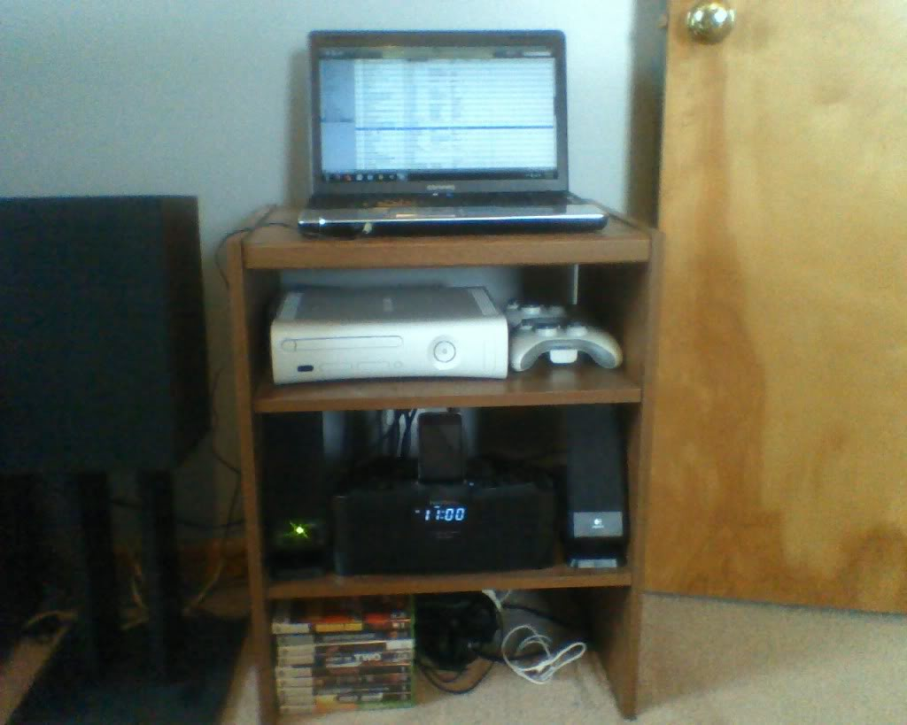 Post pictures of your gaming setup ! Setup3