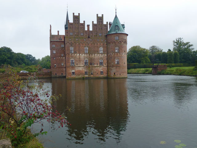 Danish Roadtrip Egeskov-Slot