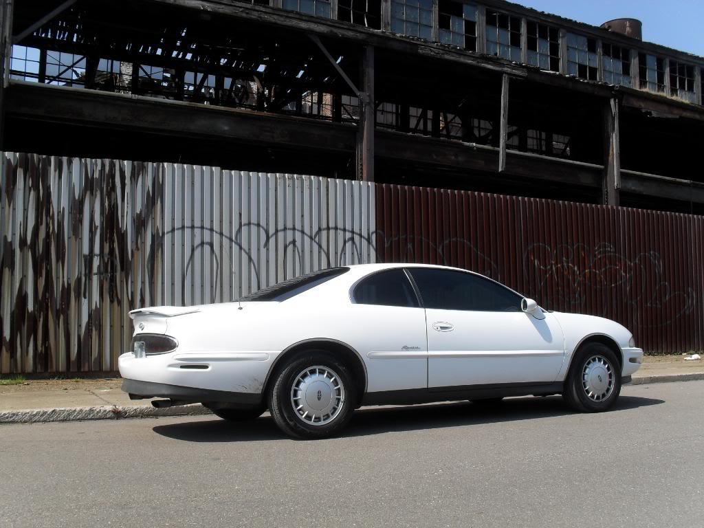 My 1997 Riviera SDC10042