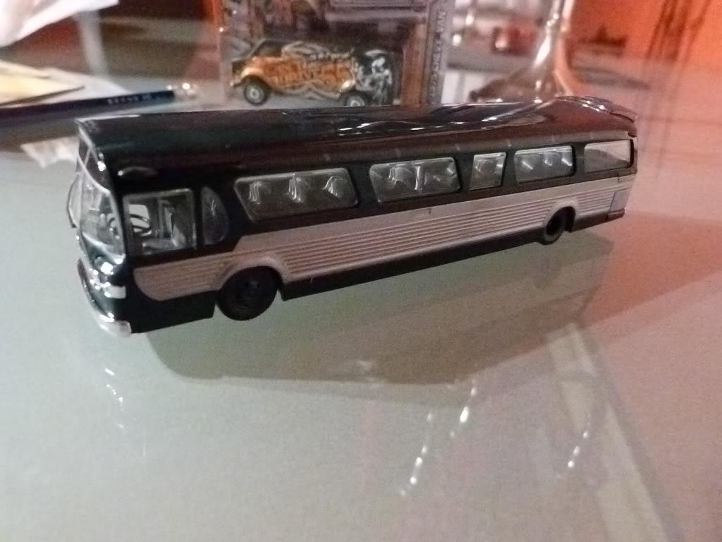 buses vintage en 1/87 Nuevos2013002