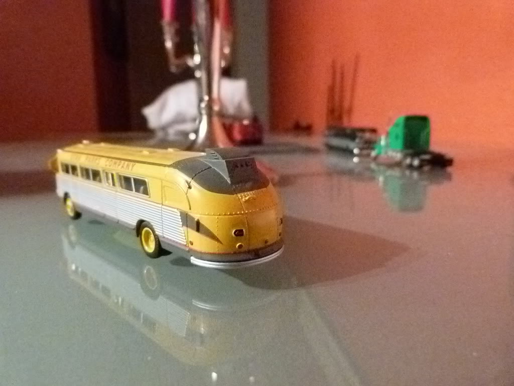 buses vintage en 1/87 Nuevos2013008