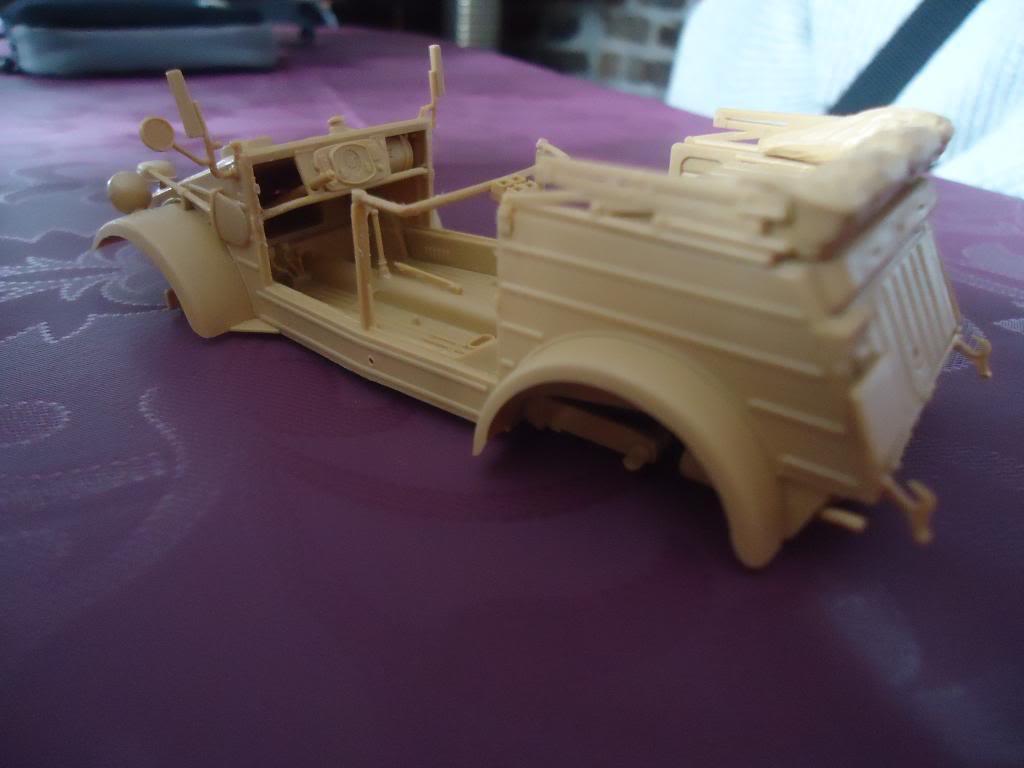 Kubelwagen, Tamiya,1/35 DSC01116_zpsc2903e57