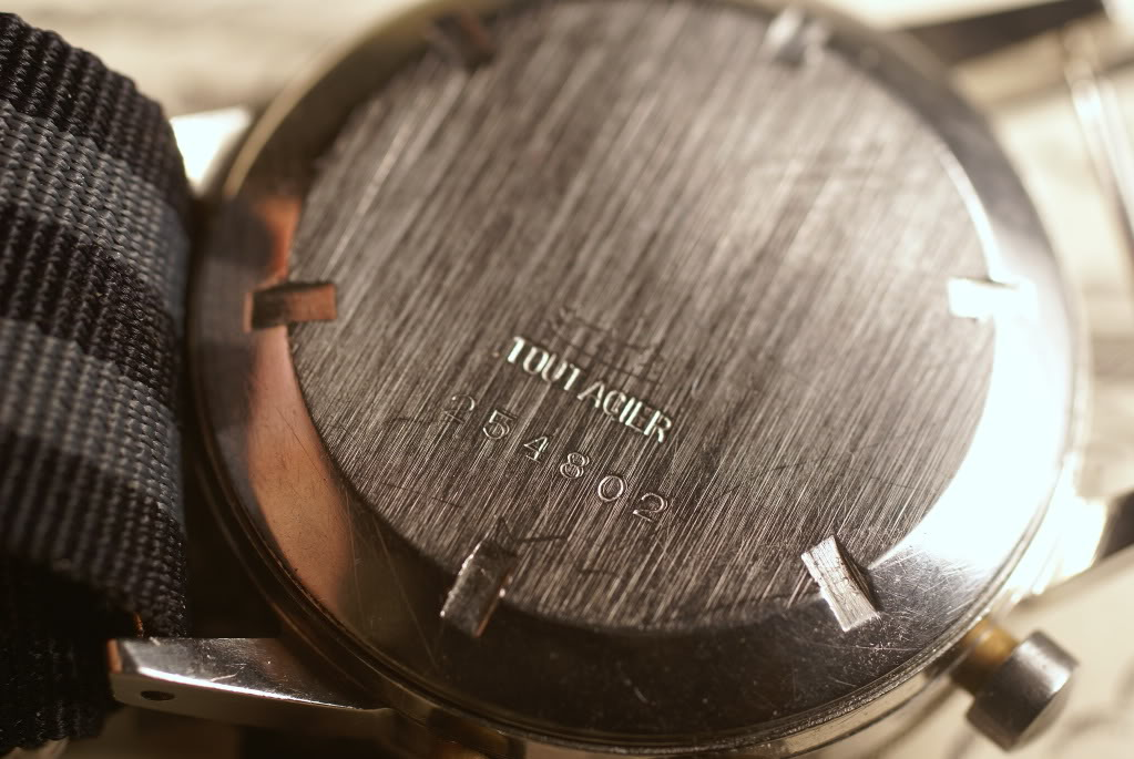 [Vendu] Chronographe Type 20 de marque Chronofixe - 1850€ DSC09254