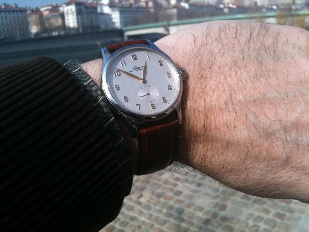 Des montres dans la ville IMG_0582
