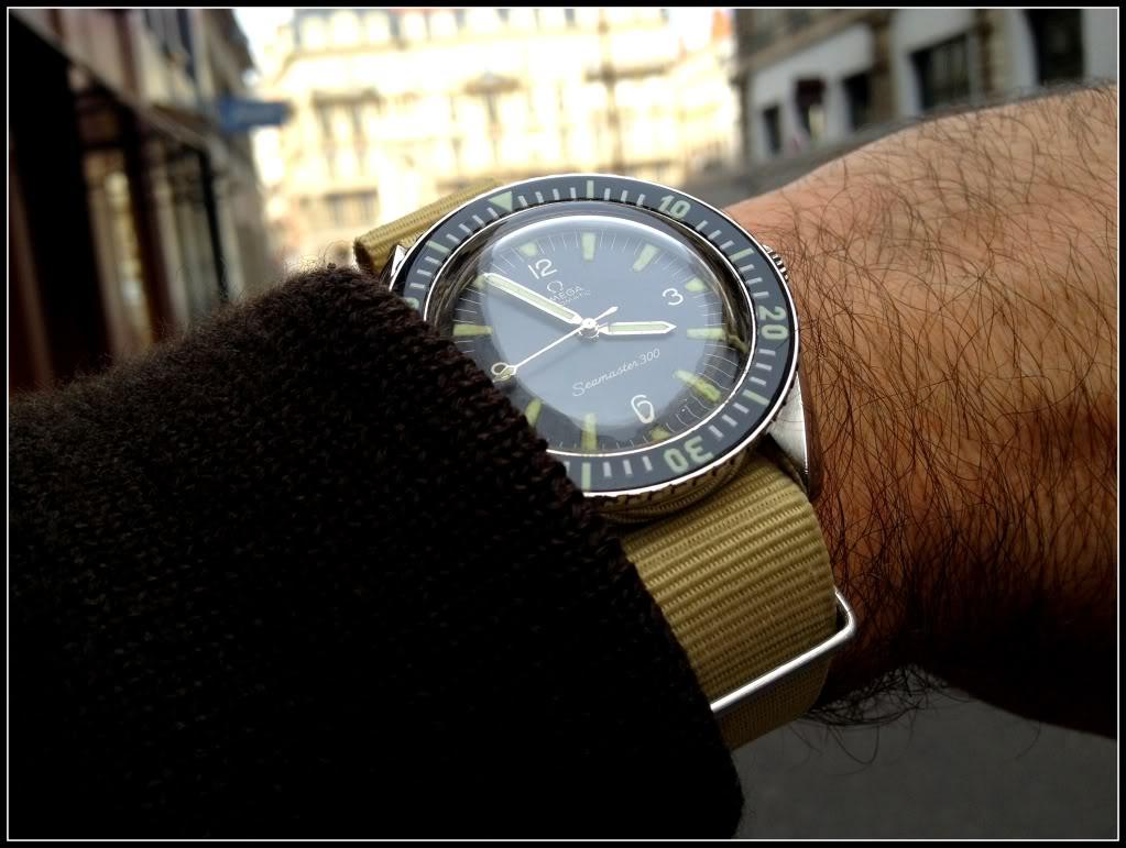 Des montres dans la ville IMG_1754