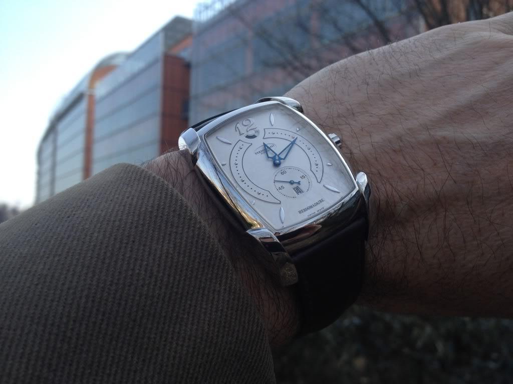 Des montres dans la ville A02f6153